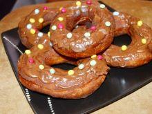 Oponki ( pączki z dziurką) z czekoladą