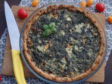 Orkiszowa tarta ze szpinakiem i serem pleśniowym
