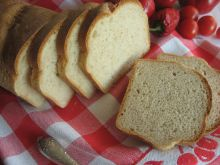 Orkiszowy chleb tostowy