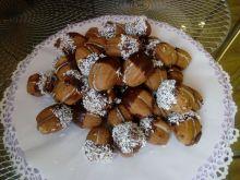 Orzeszki orzechowe z kremem kokosowym