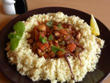 Ośmiornica w ragout pomidorowym