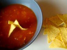 Ostra hiszpańska zupa z chorizo