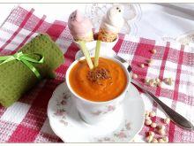 Ostra zupa pomidorowa z ciecierzycą