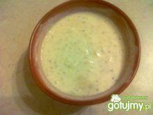 Ostry sos jogurtowo prowansalski