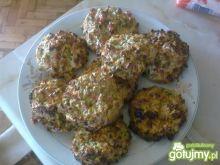 Otrębowo-ziołowe bułeczki z warzywami