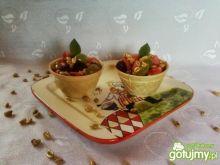 Owoce z pszenicą i miodem