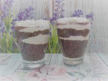 Owocowe chia z jogurtem