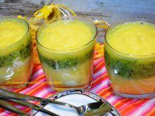 Owocowe smoothie z jogurtem