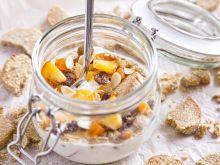 Owsiane ciasteczka z owocami i jogurtem