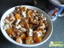 Owsianka z mandarynką i chałwą