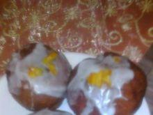 Pączki z lukrem i skórką pomarańczową