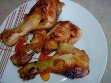 Pałeczki z kurczaka pieczone w ketchupie i cebuli