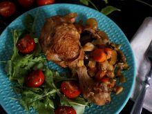 Pałki kurczaka duszone w warzywach