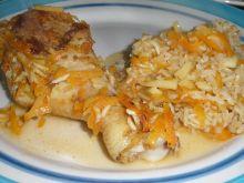 Pałki kurczaka na ryżu