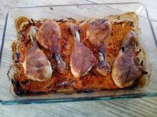 Pałki kurczaka pieczone na marchewce