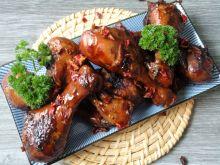 Pałki kurczaka w coli