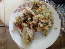 Pałki z kurczaka z ryżem i warzywami