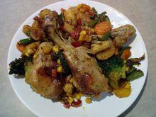 Pałki z kurczaka z warzywami, miodem i ziarnami