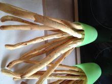 Paluchy chlebowe Grissini z ziołami