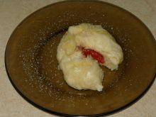 Pampuchy z truskawkami