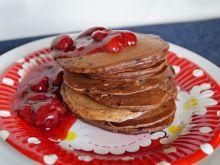Pancakes orkiszowe z frużeliną truskawkową