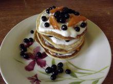 Pancakes z jagodami i morelami