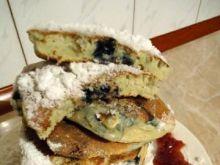 Pancakes z kaszy manny z jagodami