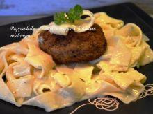 Pappardelle z sosem i kotletem