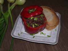 Papryka faszerowana kaszanką na ciepło