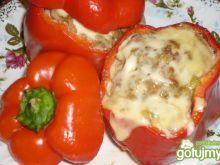 Papryka faszerowana mięsem mielonym