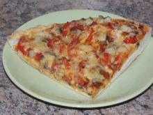 Paprykowa pizza