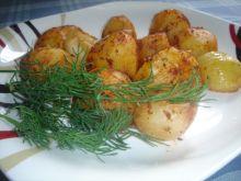 Paprykowe pieczone ziemniaczki z cebulką