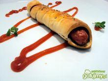 Parówki w cieście udające hot dogi