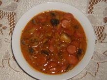 Parówki w sosie pomidorowym