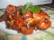 Parówki z pieczarkami w ketchupie