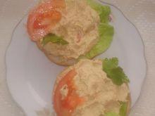 Pasta do chleba z jajek i makreli