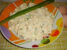 Pasta jajeczna z fetą i makrelą