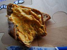 Pasta jajeczna z kurkumą
