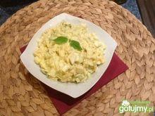 Pasta jajeczna z porem,serem i ogórkiem