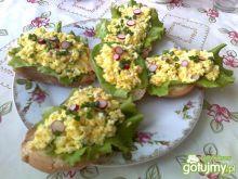 Pasta jajeczna z rzodkiewką 3