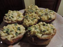 Pasta jajeczna z zieloną cebulką