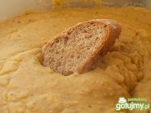 Pasta kanapkowa z grochu i soczewicy