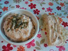 Pasta kanapkowa z łososiem i mascarpone