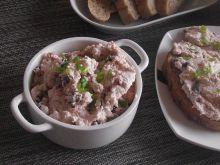 Pasta serowa z suszonymi pomidorami i czosnkiem