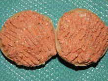 Pasta twarogowa z wędzonym dorszem i pomidorami