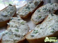 Pasta twarogowa z zieloną cebulką