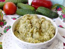 Pasta z duszonego kalafiora i zielonego ogórka