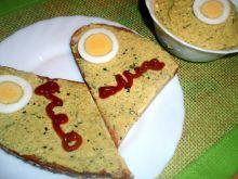 Pasta z jajek i kaszy jaglanej