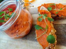 Pasta z pieczonej papryki i marchewki
