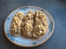Pasta z tuńczyka i jajek z pieczarkami